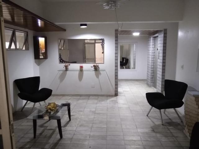 Ótimo apartamento com 03 quartos para aluguel no Centro