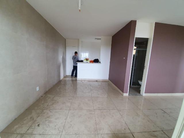 Vendo Apartamento com 3 Quartos à Venda, Chacara Parreiral - Foto 3