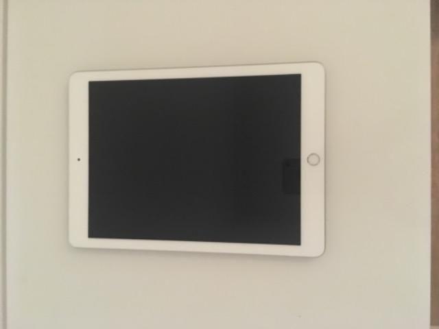 Desconto por hoje! novo i pad 6 geração 128 gb com presente - Foto 2
