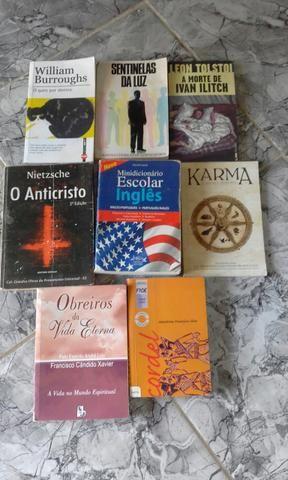 Livros vários tipos - Foto 4