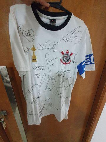 Camisa do Corinthians autografada  - Foto 3