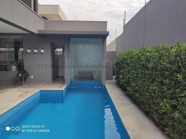 Espetacular imóvel em um dos condomínios mais cobiçados de Campo Grande - Foto 2