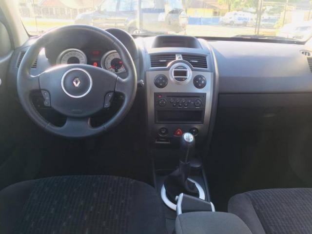 Renault Megane Grand Tour Dynam. Hi-Flex 1.6 12V - Foto 5