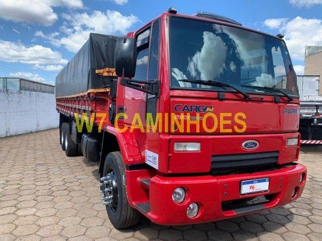 Cargo 2428 Truck Graneleiro 2010/2011 - Foto 6