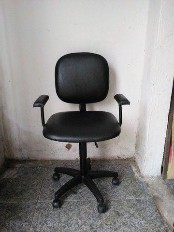 Vendo cadeira de escritorio ciminova