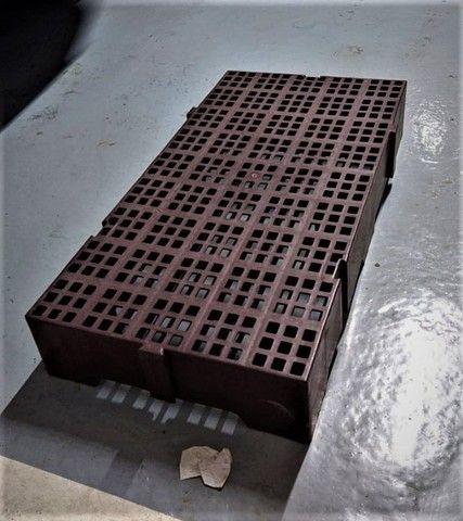 Estrado Pallet Plástico 41x82cm Encaixável (14uni)