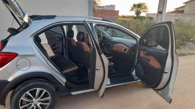 Vendo ou passo consórcio. Chevrolet Onix 1.4 Activ Automático  modelo 2018 Topo de Linha  - Foto 13