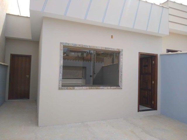 Vendo casa duas suítes bairro em expansão São Lourenço - MG.