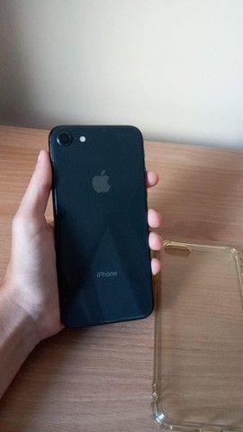 iPhone 8, Preto, Semi Novo, 64 Gb - Foto 2