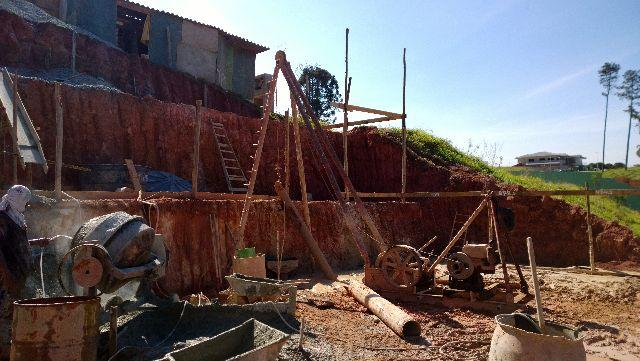 Estacas Strauss ( bate-estaca ), Escavada ( perfuratriz ) e Tubulões - Tugitech - Foto 5