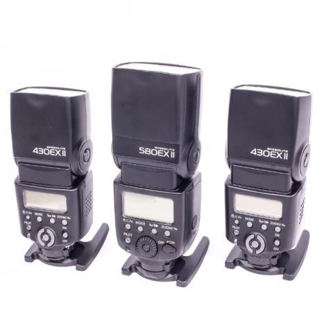 Kit com 01 Flash Canon Speedlite 580 Ex II + 02 Flashs Canon Speedlite 430 Ex II