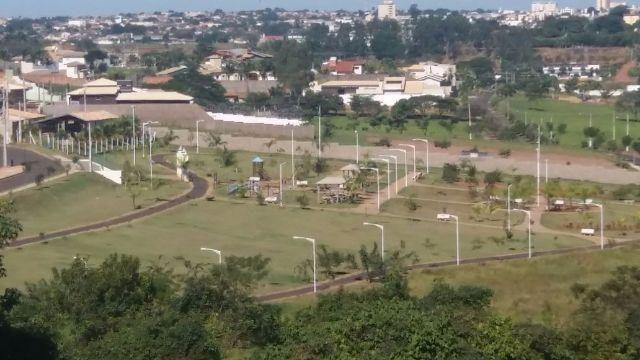 Terrenos c/ loteadora no Mais Parque Fernandópolis - Foto 9