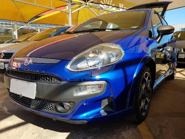 Fiat Punto T-Jet 1.4 Turbo 2013/13 Chaves. Manuais. Só BSB. Rodas. Sensores. Airbags. ABS