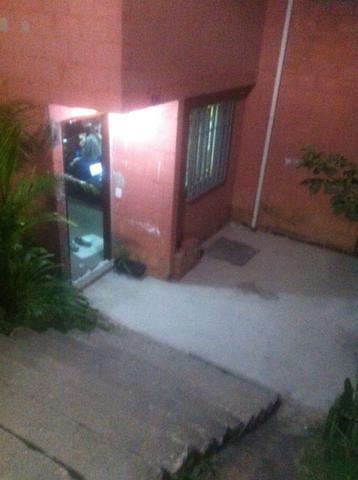 Casa sobrado em Jandira a 5 km do centro e estação - Foto 2
