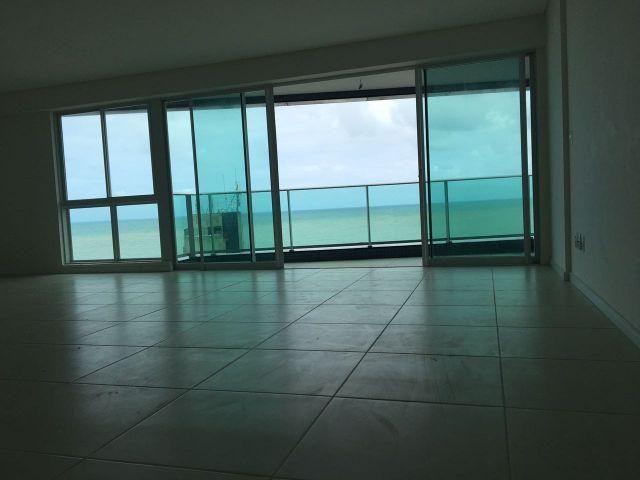 Excelente apartamento perto de tudo e vista privilégiada em Boa Viagem