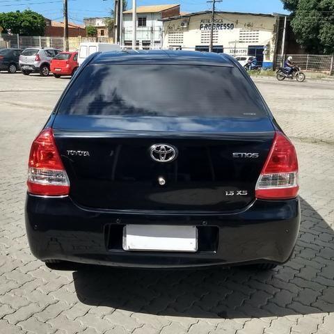 Toyota Etios 2013 - Foto 3