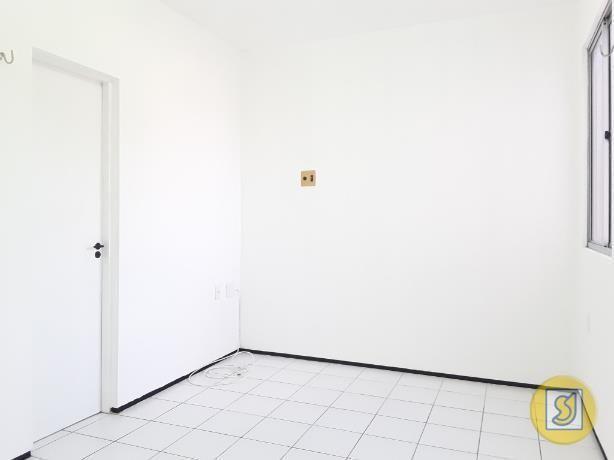 Apartamento para alugar com 2 dormitórios em Curio, Fortaleza cod:50078 - Foto 18