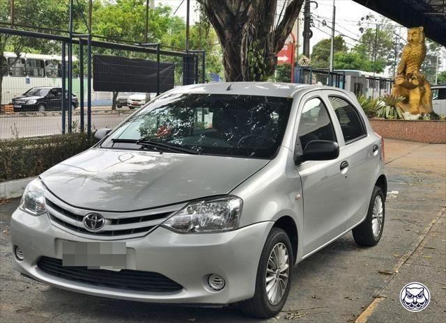 Toyota Etios X 1.3 Flex 16V Mec. (Ano 2013)