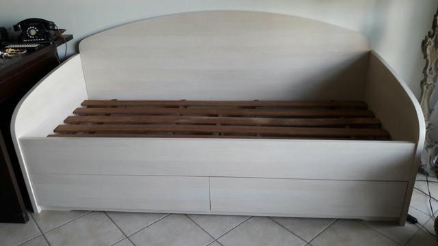 Cama tipo sofá