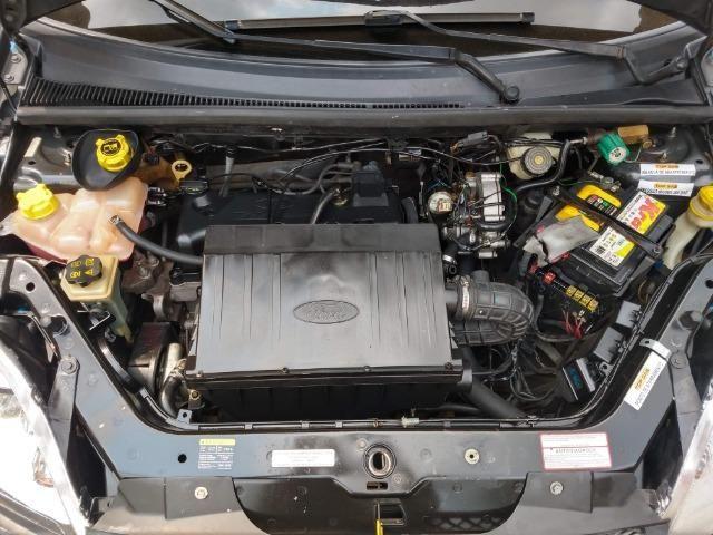 Ford Fiesta Sedan 1.6 Flex Completo GNV Mercosul Ar Gelando Vidro Direção Alarme Som DVD - Foto 10