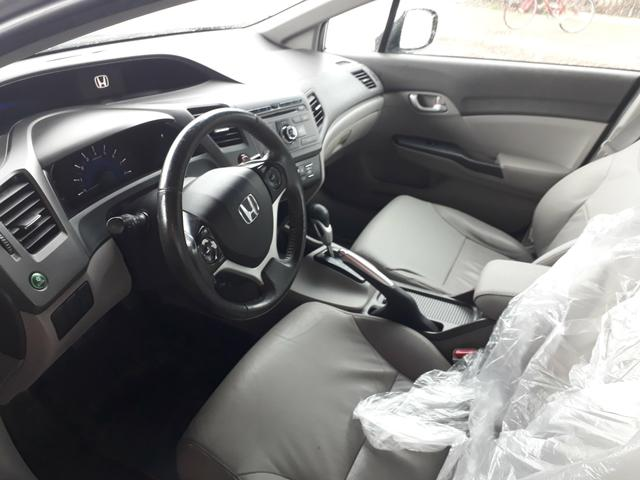 Civic lxr 2.0 automático ano 2014 completao com garantia e ipva quitado - Foto 9