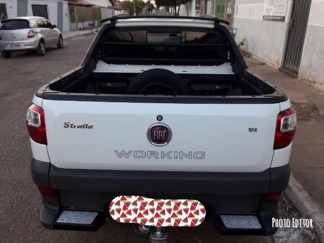 Fiat Strada 1.4 13/14 Cabine Dupla 3 Portas Working - Foto 2