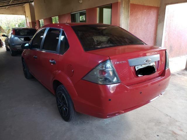 Fiesta Sedan 2011 - 1.0 - 4P - Foto 2