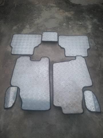Jogo de tapete personalizado do Meriva
