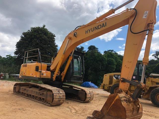 Escavadeira Hyundai 210 - Foto 6