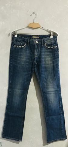 Calça jeans tachas Le Lis blanc