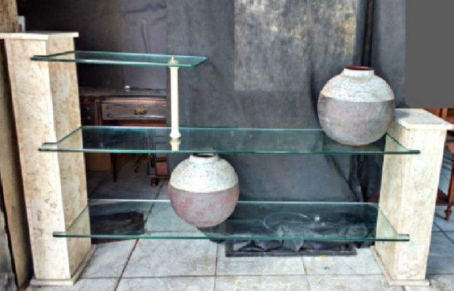 Aparador Mármore Bege Bahia e vidros com iluminação indireta - Foto 2