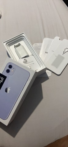 IPhone 11 128gb seminovo vendo ou troco - Foto 4