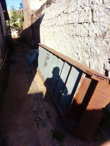 Escada de patamar com pé direito . - Foto 4