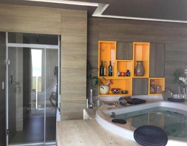 Apartamento luxuoso com vista mar todo projetado na Ponta do Farol - Foto 10