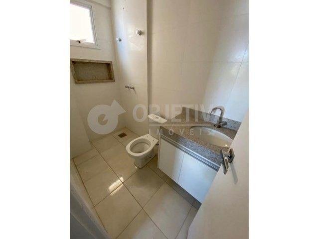 Apartamento para alugar com 3 dormitórios em Carajas, Uberlandia cod:470340 - Foto 15