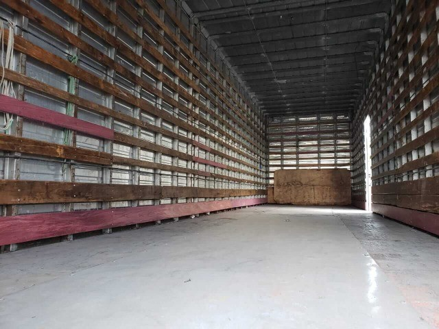 Baú Seco Furgão Alumínio Truck - Foto 7