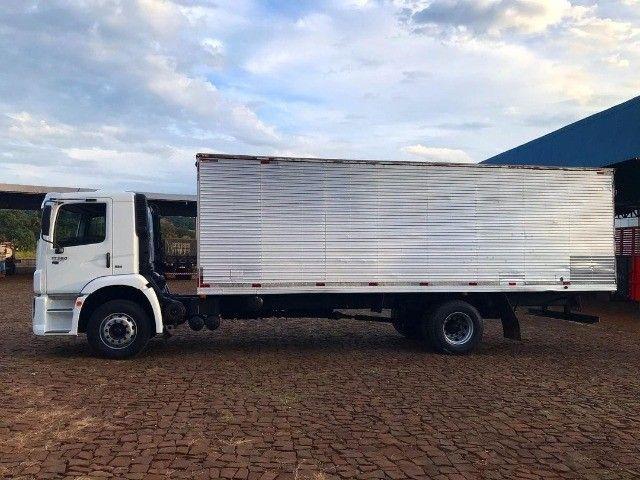 Caminhão 17.280 no baú - Foto 2