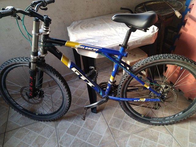 Vendo bike com amortecedor freio a disco - Foto 6