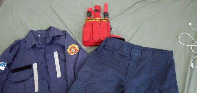 Vendo uniforme bombeiro Civil Azul - Foto 2
