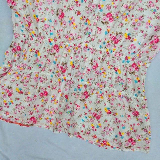 Blusa florida fofa manga bufante - Foto 6
