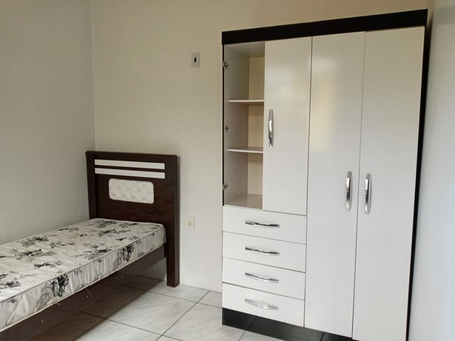 Dois Quartos, banheiro, cozinha, área de serviço, churrasqueira, na Bento Gonçalves - Foto 5