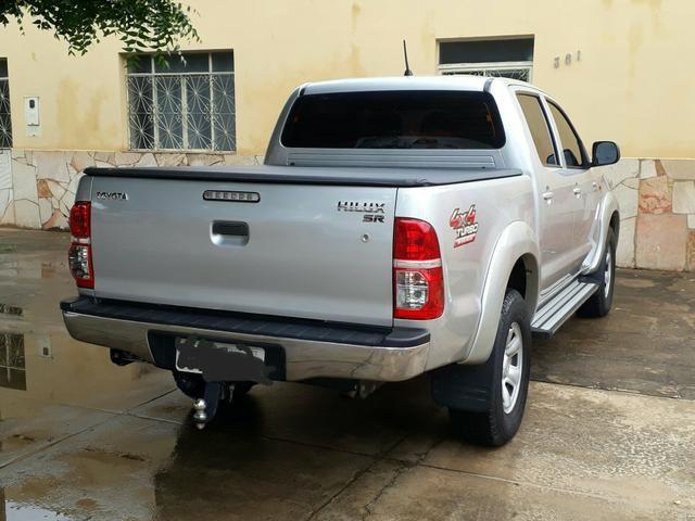 Hilux CD SR 3.0 4x4 diesel 13/13