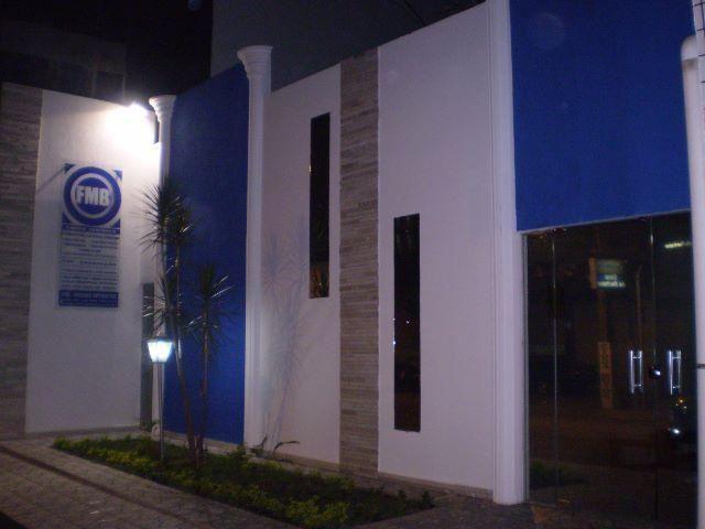 Ponto Comercial na Av. Dorgival P. de Sousa, Centro (Entre Ruas Paraiba e Rio G. do Norte)