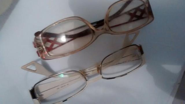 f650b3dac53c0 Duas armação óculos de grau - Bijouterias