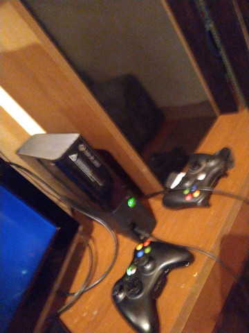 Xbox 360 com hd de 240