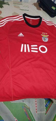 Camiseta Benfica direto de Portugal. Tam G. Excelente estado - Foto 3