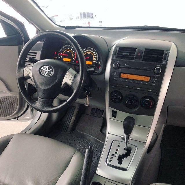 Toyota Corolla GLI 1.8 Automatico 2014 - Foto 9