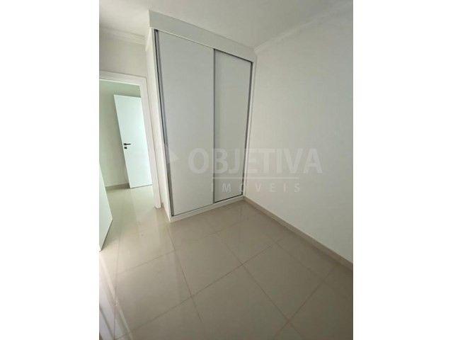 Apartamento para alugar com 3 dormitórios em Carajas, Uberlandia cod:470340 - Foto 18