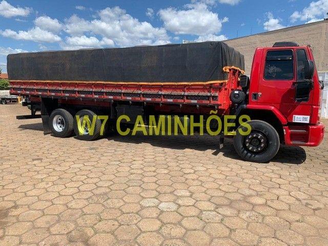 Cargo 2428 Truck Graneleiro 2010/2011 - Foto 14