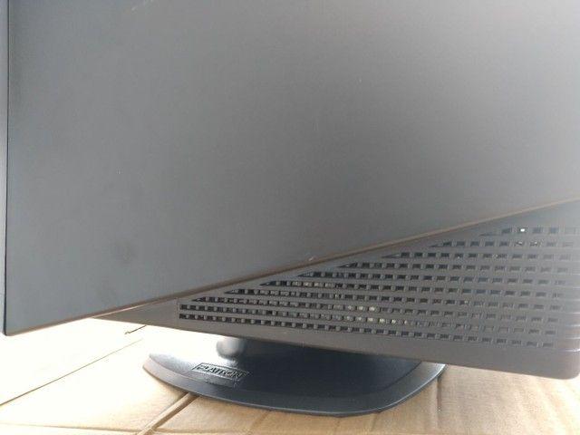 Monitor crt marca LG - Foto 2